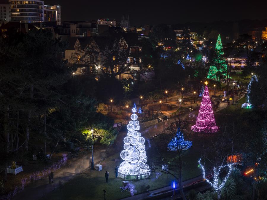 Cascading Outdoor Christmas Lights